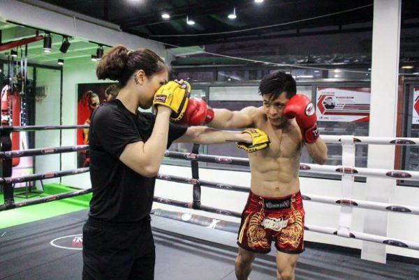 Boxing-la-mon-co-ky-thuat-cao-nen-can-co-huan-luyen-vien-huong-dan-luyen-tap