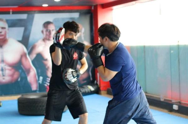 boxing-la-mon-vo-thuat-co-nhieu-ky-nang-can-duoc-huong-dan-boi-cac-huan-luyen-vien-chuyen-nghiep