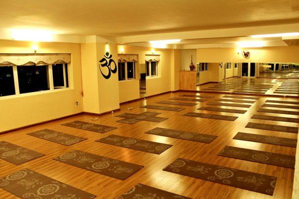 san-tap-yoga-phai-co-dien-tich-toi-thieu-la-60m2