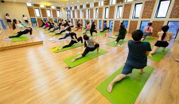 yoga-la-bo-mon-duoc-nhieu-nguoi-lua-chon-de-ren-luyen-suc-khoe